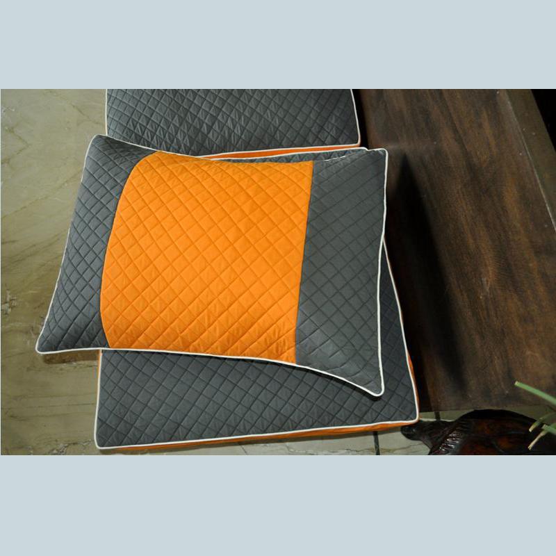Стеганые подушки из полого волокна