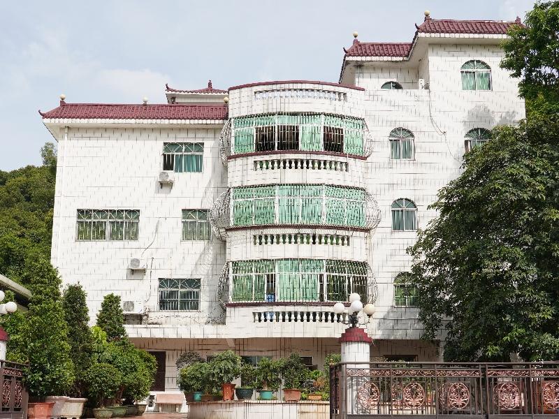 Dongguan Rijinsheng Hardware Products Co., Ltd.