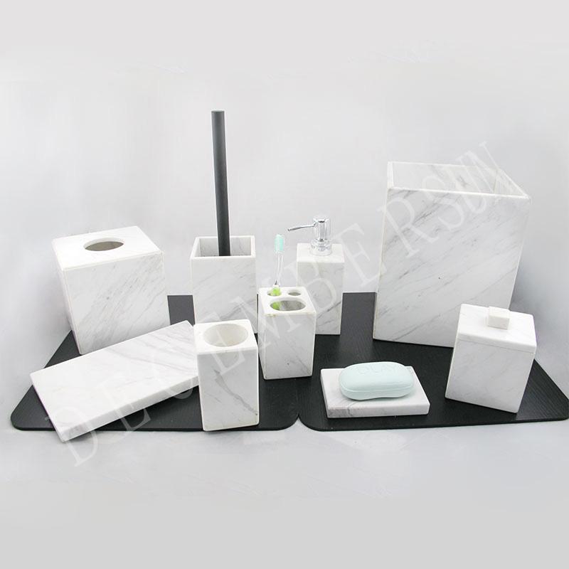 Набор аксессуаров для ванной из белого мрамора
