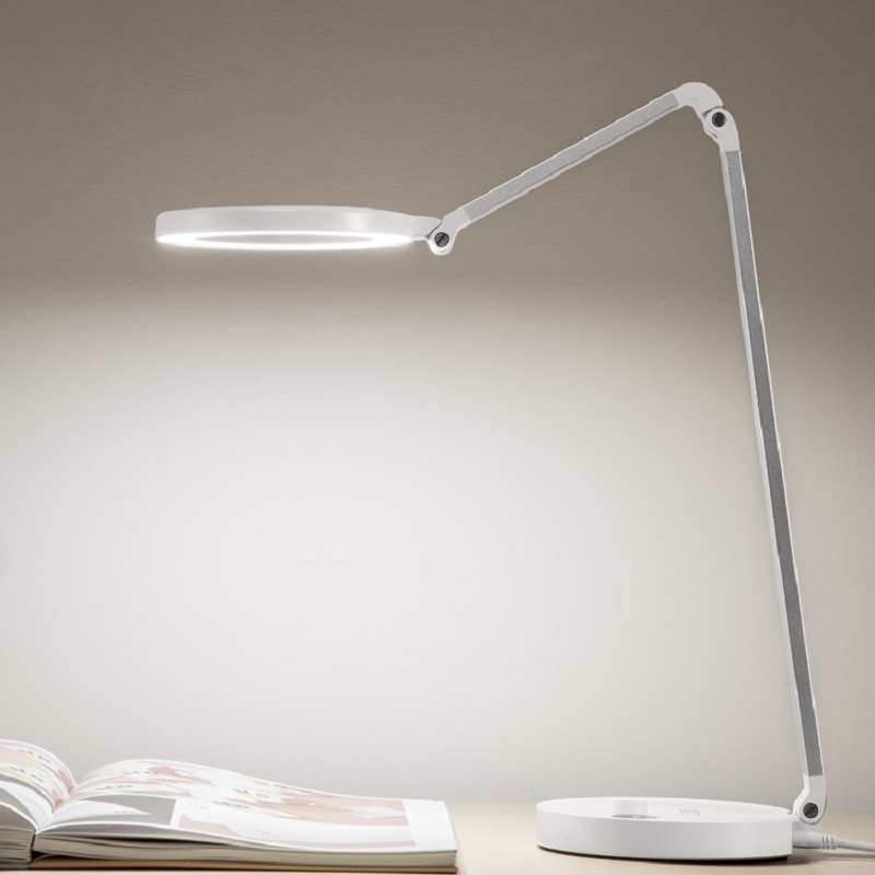 688L настраиваемый свет CCT настраиваемый led настольная лампа, с usb интерфейс